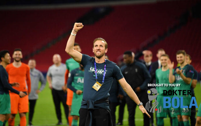 Ajax vs Tottenham: Harry Kane Sempat Putus Asa